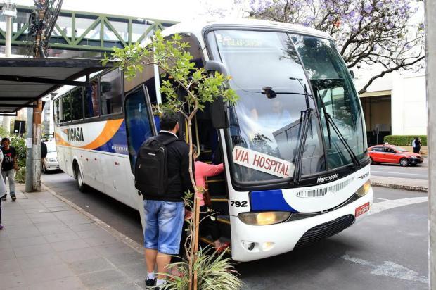 Passageiros dos ônibus executivos da Vicasa reclamam da falta de horários Júlio Cordeiro/Agencia RBS