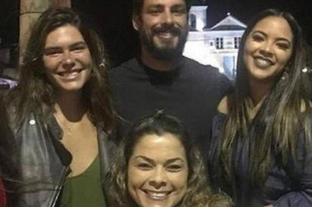 Cauã Reymond reata namoro com Mariana Goldfarb Instagram/Reprodução