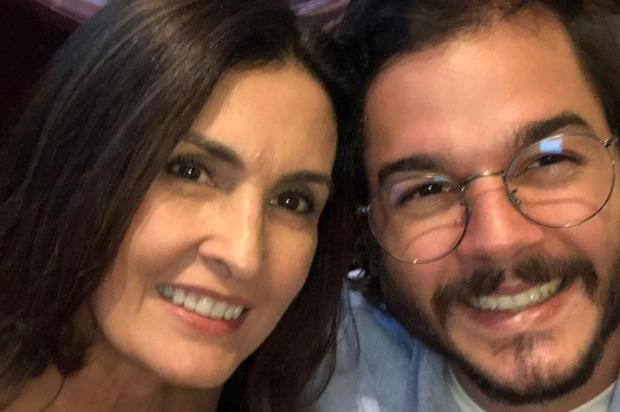 Fátima Bernardes comemora um ano de namoro com postagem apaixonada Reprodução/Instagram