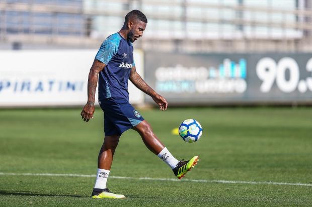 """Luciano Périco: """"Paulo Miranda vem dando conta do recado"""" Lucas Uebel / Grêmio/Divulgação/Grêmio/Divulgação"""