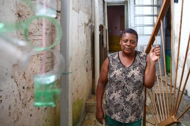 Conheça a moradora que largou seu emprego para ajudar a comunidade Camila Domingues/Agencia RBS