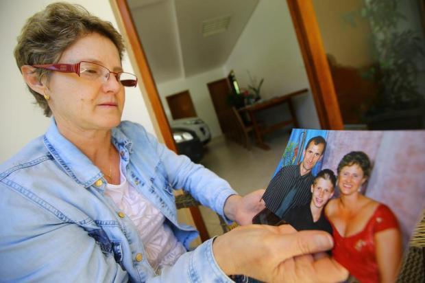 """""""É incrível que não tenha uma pista"""", diz mulher de gerente de banco desaparecido Lauro Alves/Agencia RBS"""