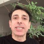 """Nino do """"Castelo Rá-Tim-Bum"""", Cassio Scapin é atacado após postar foto nu em cena de peça Reprodução/Instagram"""