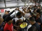 Samba no trem agita viagem entre Porto Alegre e Novo Hamburgo Jefferson Botega / Agência RBS/Agência RBS