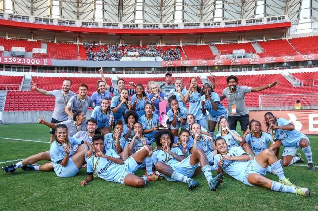 """Cacalo: """"Somente dois clubes de Porto Alegre, Grêmio e São José, ganharam títulos em 2018"""" Lucas Uebel / Grêmio/Divulgação/Grêmio/Divulgação"""