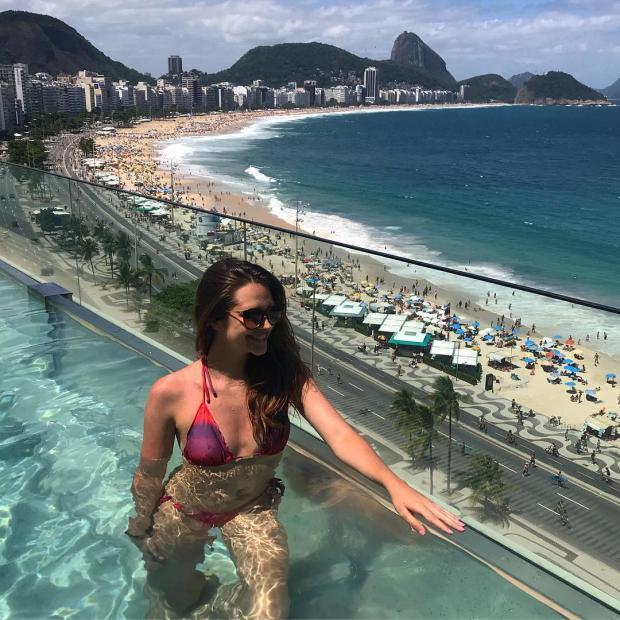Juliana Paiva posta foto de biquíni e recebe elogio da sogra Reprodução / Instagram/Instagram
