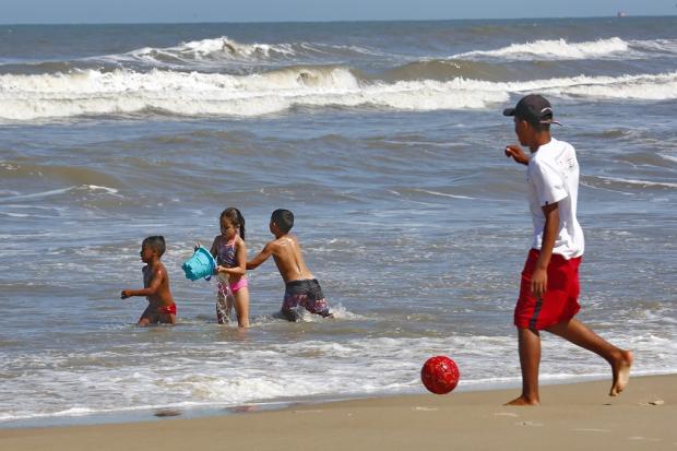 Saiba como estão as condições das praias mais populares do Litoral Norte Robinson Estrásulas / Agência RBS/Agência RBS