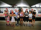 Conheça histórias de quem doa seu tempo para fazer outras pessoas felizes no Natal Félix Zucco/Agencia RBS
