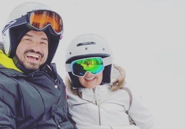 """Maiara, da dupla com Maraisa, e Fernando, parceiro de Sorocaba, aproveitam férias juntos e fãs desconfiam: """"É romance?"""" Instagram / Reprodução/Reprodução"""