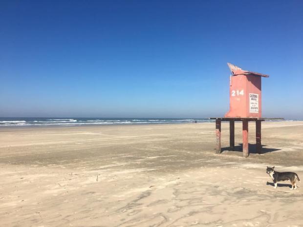 Falta de guarita na praia de Quintão preocupa veranistas LeitorDG / Arquivo Pessoal/Arquivo Pessoal