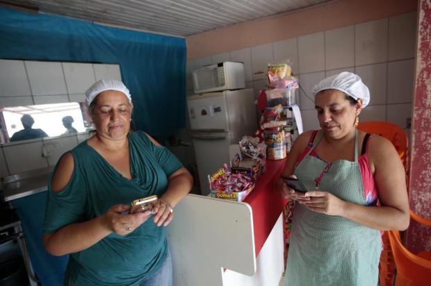 Moradores reclamam da qualidade do sinal de celular no Guajuviras André Ávila/Agencia RBS