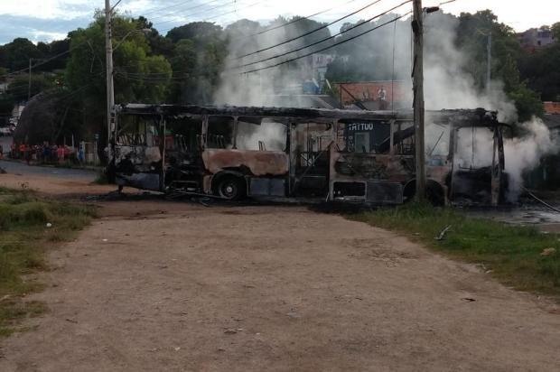 Ataque a tiros e incêndio em ônibus: os crimes que expõem a disputa entre facções Divulgação/Brigada Militar