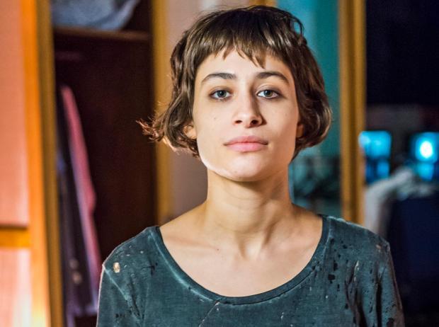 """""""Melhor dois apartamentos pequenos do que um grande"""", diz Luisa Arraes sobre viver separada do marido Caio Blat Paulo Belote / TV Globo/TV Globo"""