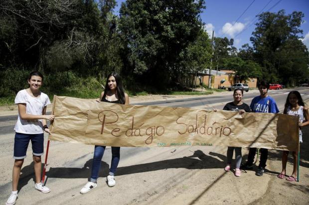 Escolas estaduais se mobilizam em mutirões antes das aulas Mateus Bruxel/Agencia RBS