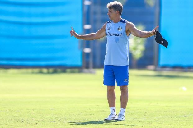 """José Augusto Barros: """"Chance para faturar o primeiro títulodo ano"""" Lucas Uebel / Grêmio/Divulgação/Grêmio/Divulgação"""