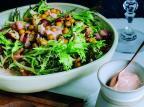 Aprenda a fazer duas saladas refrescantes para o verão Bruno Geraldi/Wine