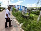 Abandono de terreno público incomoda frequentadores de igreja no bairro Cristal, em Porto Alegre Omar Freitas / Agencia RBS/Agencia RBS