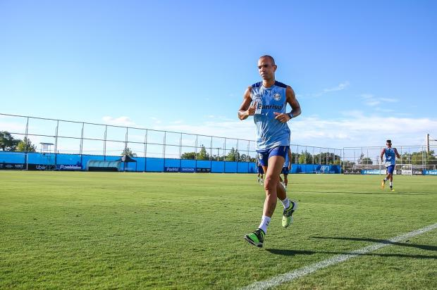 Luciano Périco: Diego Tardelli nunca desembarcou em Porto Alegre Lucas Uebel / Grêmio, Divulgação/Grêmio, Divulgação