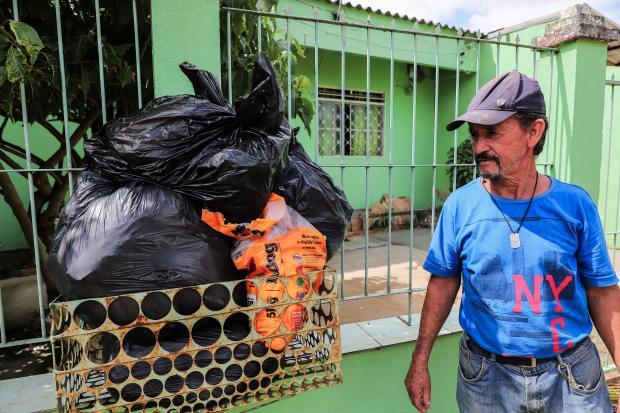 Prefeitura promete normalização da coleta de lixo em Alvorada nesta quarta-feira Omar Freitas / Agência RBS/Agência RBS