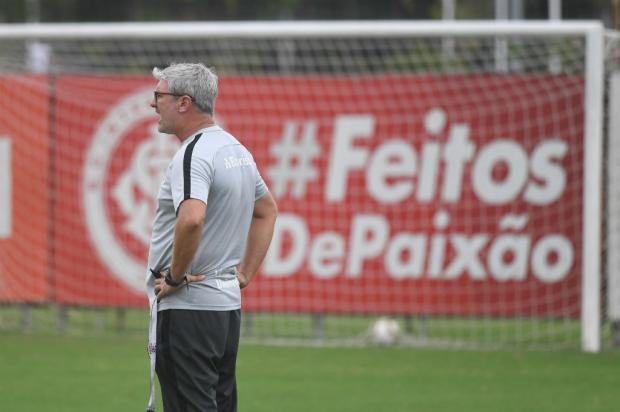 Guerrinha: Inter não está proibido de aprontar na Vila Belmiro Ricardo Duarte / Inter, Divulgação/Inter, Divulgação