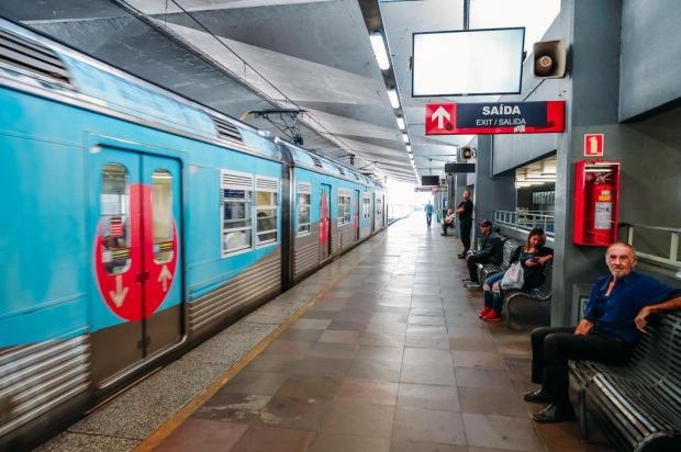 Manutenção obriga trens da Trensurb a circularem a 10km/h em Canoas Omar Freitas/Agencia RBS