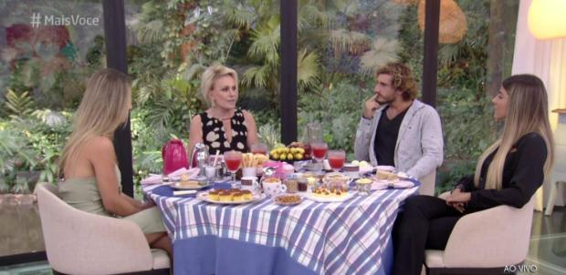 """Em clima de paz e amor, Ana Maria Braga recebe Paula, Hariany e Alan no """"Mais Você"""" TV Globo / Reprodução/Reprodução"""