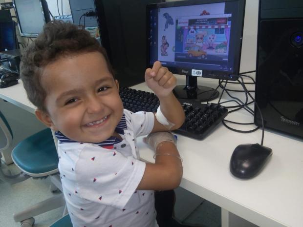 Menino de Guaíba precisa de ajuda para pagar exame não oferecido pelo SUS Arquivo Pessoal / Arquivo Pessoal/Arquivo Pessoal