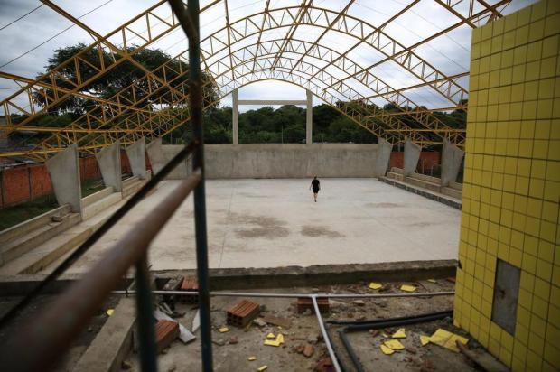 Construção de ginásio em escola de Gravataí está parada desde 2015 Jefferson Botega/Agencia RBS