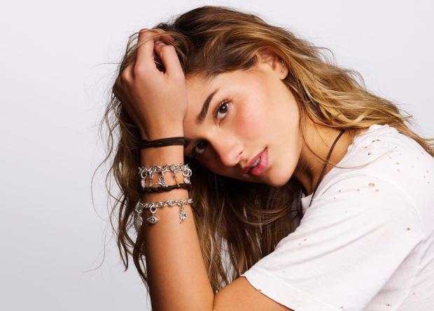 Sasha Meneghel assina contrato com agência de modelos Divulgação/