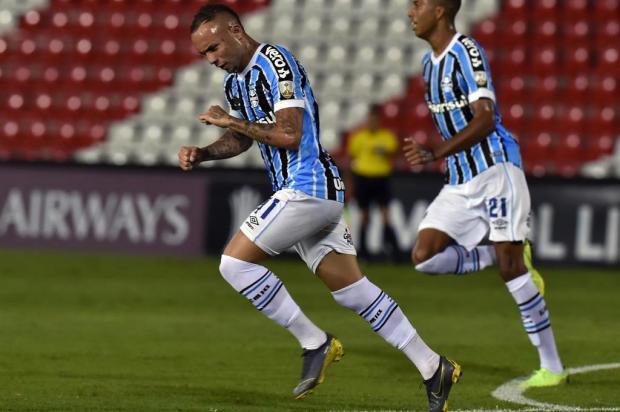 Cacalo: Grêmio criou uma bela safra de jogadores NORBERTO DUARTE/AFP