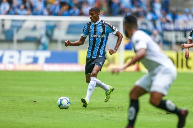 "Cacalo: Jean Pyerre, o novo ""Fita Métrica"" Lucas Uebel / Divulgação/Grêmio/Divulgação/Grêmio"