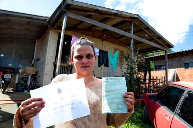 Moradores reclamam de prazo curto para adequação de sistema de tratamento de esgoto em Viamão Fernando Gomes/Agencia RBS