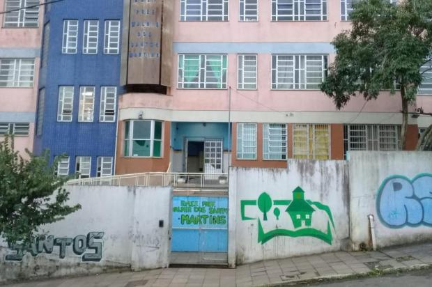 Escola de Sapucaia do Sul pede apoio para construir um galpão arquivo pessoal/arquivo pessoal