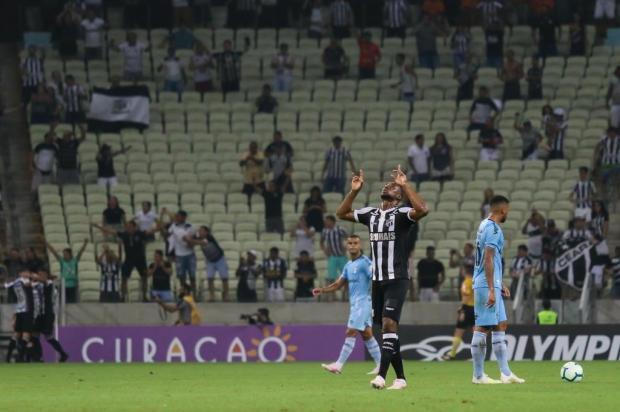 Cacalo: Grêmio teve mais uma atuação ruim contra o Ceará Pedro Chaves/AGIF/Folhapress