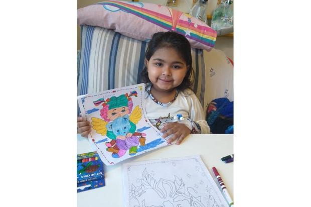 Com câncer e trombose, menina precisa de remédio para tratamento Arquivo Pessoal / Arquivo Pessoal/Arquivo Pessoal