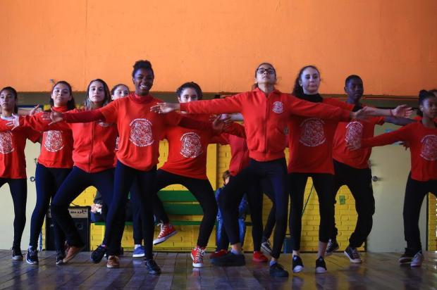 Grupo da Restinga intensifica campanha para viabilizar participação no Festival de Dança de Joinville Tadeu Vilani/Agencia RBS