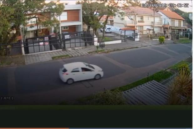 Ataques com ácido em Porto Alegre completam dois meses sem pistas de autor Divulgação/Câmera de segurança