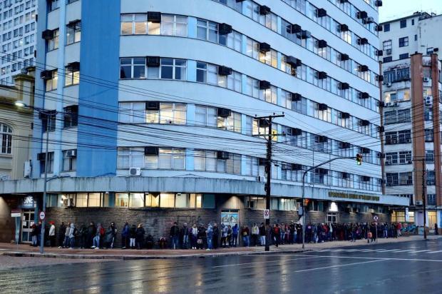 Um ano depois, como estão os trabalhadores que buscavam emprego no Sine da Capital Fernando Gomes/Agencia RBS