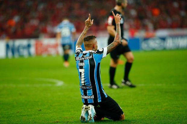 Cacalo: Luan silenciou o Beira-Rio com um golaço de cabeça Marco Favero/Agência RBS