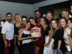 Bruna Marquezine comemora aniversário com famosos em show de Sandy e Júnior Reprodução/Instagram