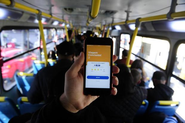 Testamos o aplicativo que mostra a localização dos ônibus na Capital Ronaldo Bernardi/Agencia RBS