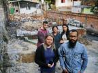 Corrente solidária se forma para a reconstrução da casa da família Moraes Félix Zucco/Agencia RBS
