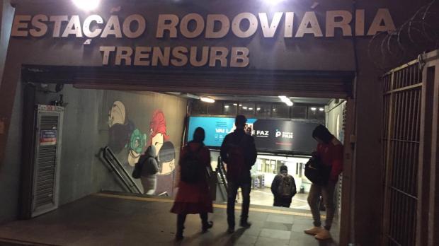 Criminosos invadem estação e assaltam funcionários da Trensurb em Porto Alegre Ronaldo Bernardi / Agencia RBS/Agencia RBS