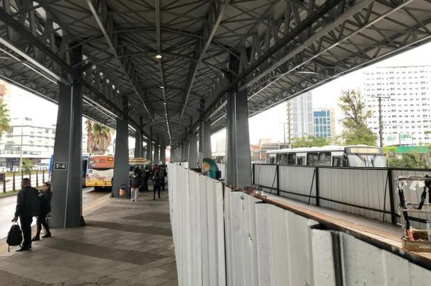 Limpeza, infraestrutura e acessibilidade: como estão os terminais de ônibus de Porto Alegre Alberi Neto/Agência RBS