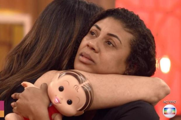 Em programa de Fátima Bernardes, pais de Ágatha Félix recebem apoio e relatam medo Reprodução/Globo