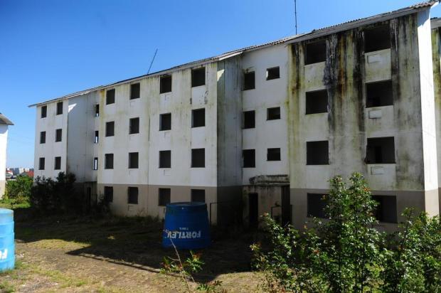 Construtora de prédio com obras paradas em Gravataí dá a sua versão dos fatos Ronaldo Bernardi/Agencia RBS