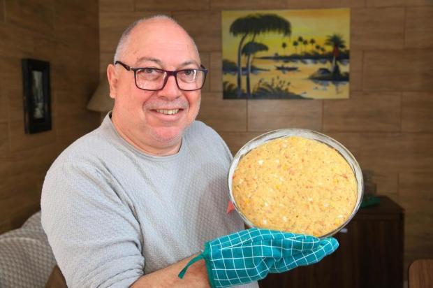 Torta de pão dormido com atum do Flávio: aprenda como preparar um lanche rápido Tadeu Vilani/Agencia RBS