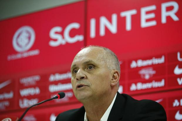 """""""Não sei se é tampão ou se vem até o fim de 2020"""", diz Medeiros sobre substituto de Odair no Inter Félix Zucco/Agencia RBS"""