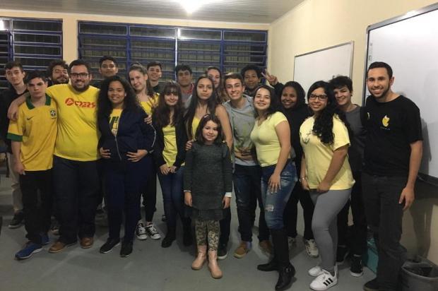 Grupo de alunos da Capital promove campanha para reconstrução de laboratório de informática Arquivo pessoal/Arquivo pessoal