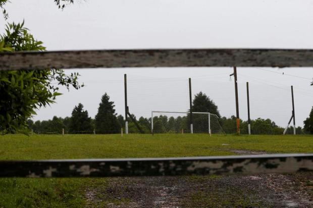 """""""A impressão era que todos tinham morrido"""", diz homem que viu queda de raio em campo de futebol de Gravataí Marco Favero/Agencia RBS"""
